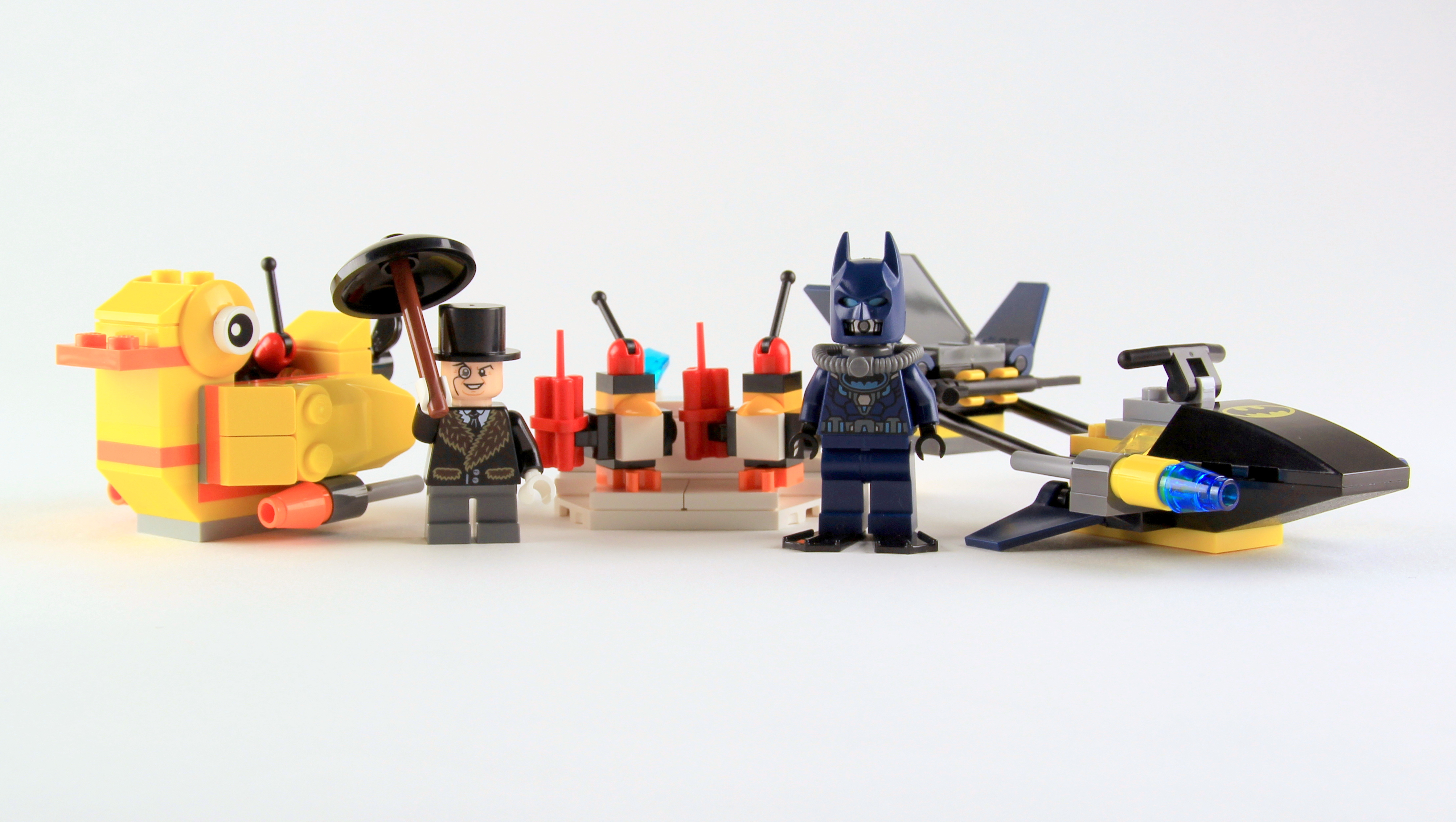 Review of LEGO 76010- Batman: the Penguin Face-off - Brick ...
